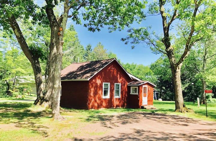 Mission Springs Cottage #9