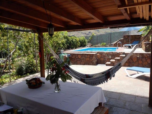 Finca con piscina privada - Icod de los Vinos