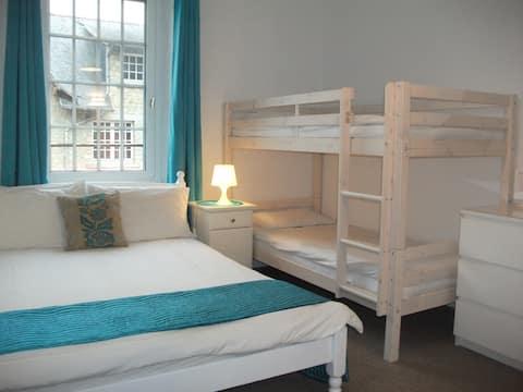 Le Mont St Michel -  room for 4