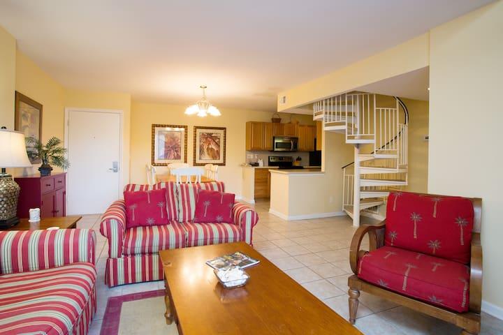 3 Bd/ 3 BA Harbour Town Villa - Hilton Head Island - Apartment