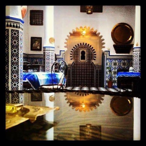 Riad Dalia Tetouan - Tetouan - ที่พักพร้อมอาหารเช้า