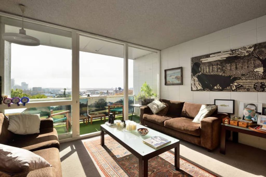Private Sunny north-facing apartment with the best views available in Auckland!
