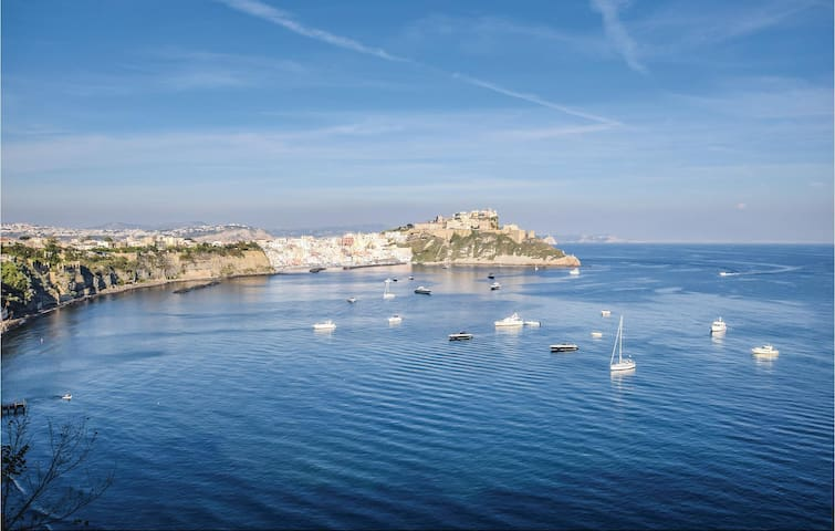 Holiday apartment with 1 bedroom on 58 m² in Procida -NA-