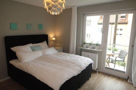 Moderne 1 Zi Whg gegenüber Villa Wahnfried (2Pers) - Bayreuth - Wohnung