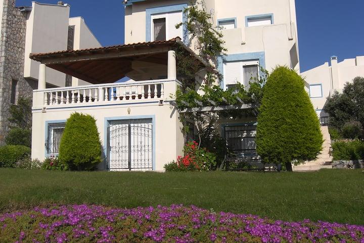 Seaside Apartment Rental