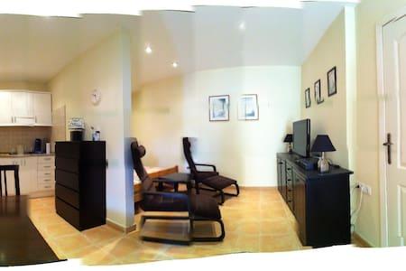 A beautifull new  small Loft - Condominium