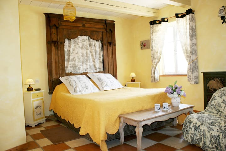 Au petit tambour d'Autingues- bed and breakfast