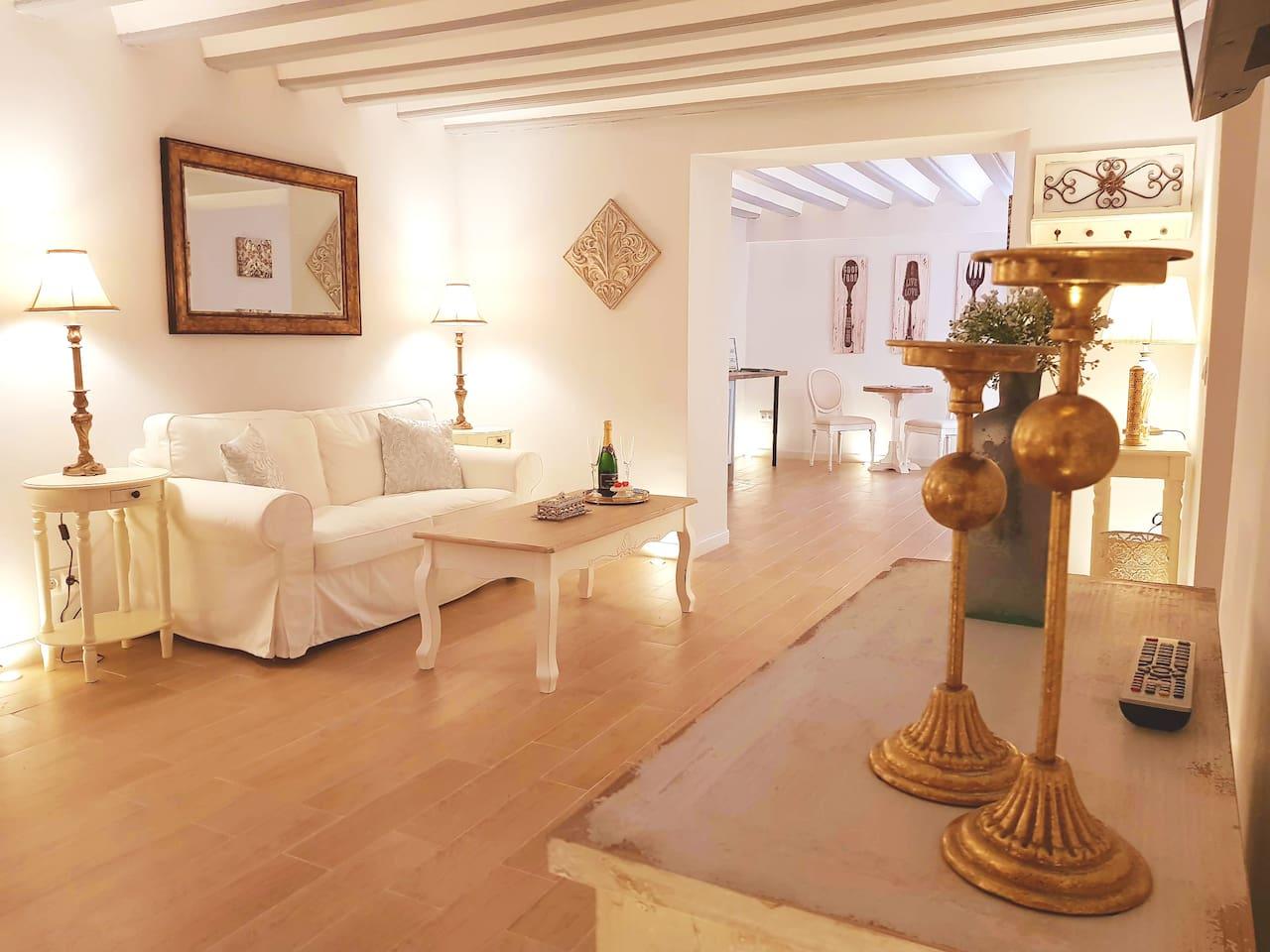 No. 14 - Luxury Couples Accommodation