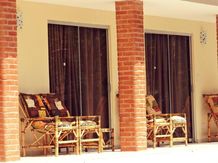 Hoteis Fazenda Menino da Porteira - HOTEL FAZENDA BOM CAFE - Aptos do Lago