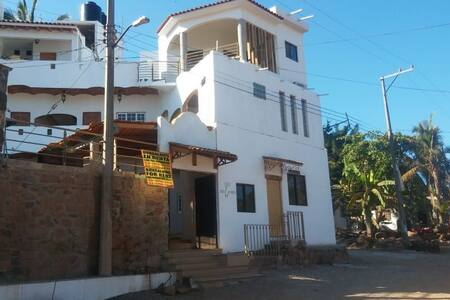 "Casa Roca. Bungalow ""A"" con alberca"