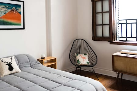 Beautiful and cozy home in SAN TELMO