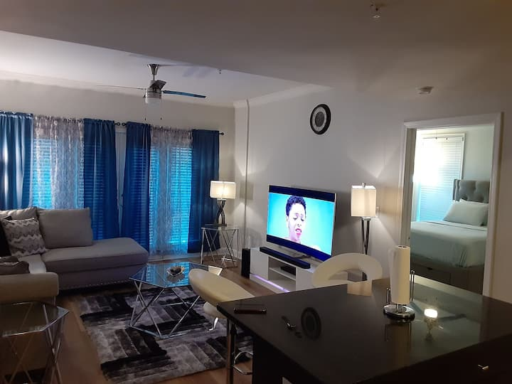 Very clean and centrally located to all facilities