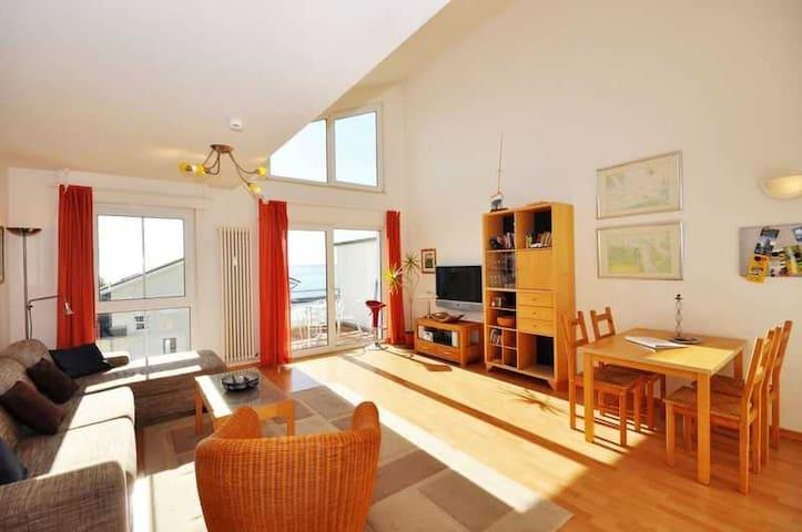 Komfort-Fewo Meeresrauschen Sassnitz by Meer-Ferienwohnungen, Komfort-Fewo Meeresrauschen, Meerblick, Gute Ausstattung
