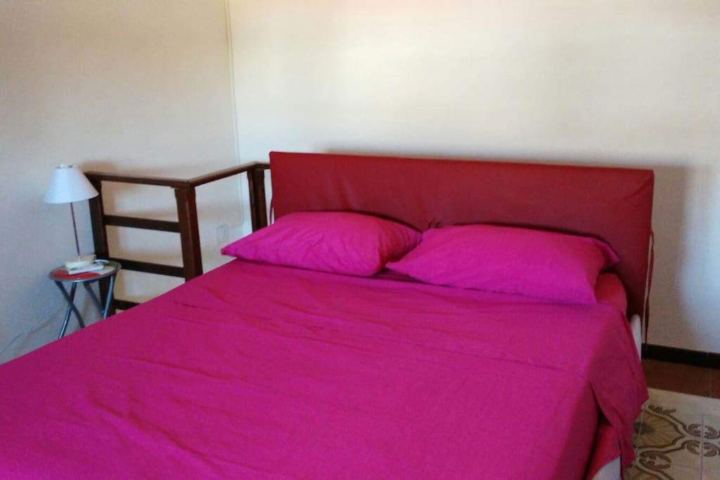 Appartamento Bilocale. Camera da letto.