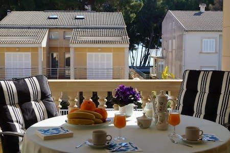 Ginesta I - Apartamento a 50 m. de la playa OFERTA