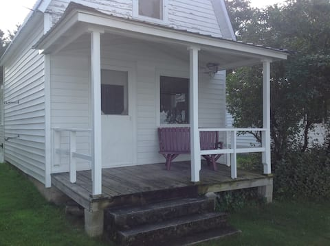 Lakeshore Resort, The Whitetail Cottage, #4