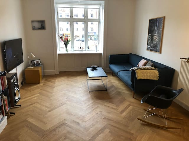 Highly attractive apartment at  Vesterbro metro!