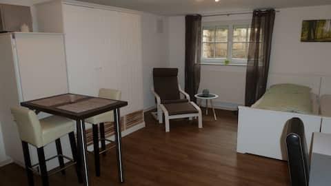 Luminoso apartamento de 33 m², cocina, baño, Wi-Fi y mucho más