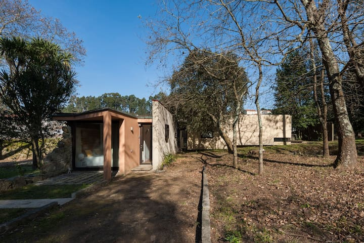 Casa do Sobreiro | Modern cottage with pool