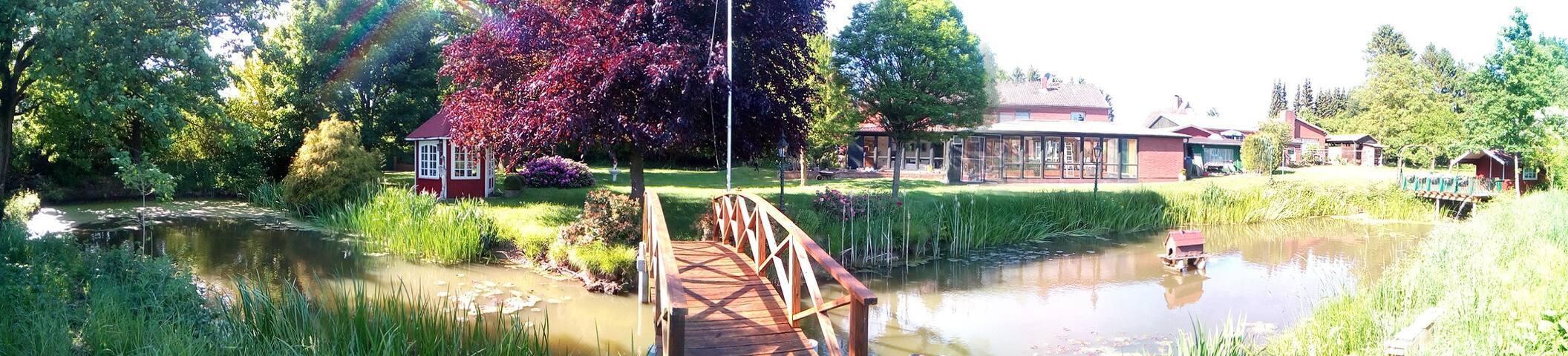 Traumoase Ganzes Haus m. Pool & Sauna nahe Ostsee
