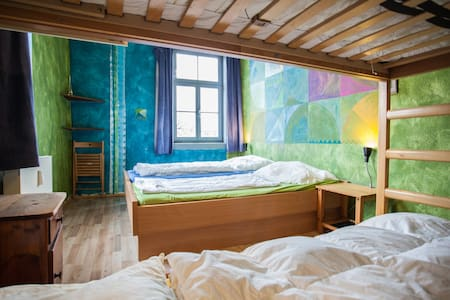 fancy 4-bed room right in the historic centre - Weimar
