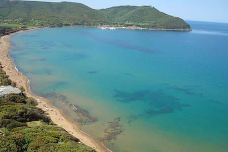 Bilocale a 10 minuti dal mare - Baratti - Huoneisto