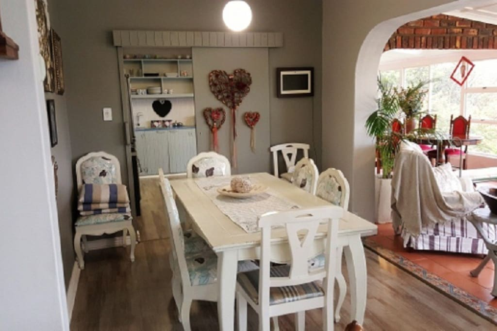 Second dinning table