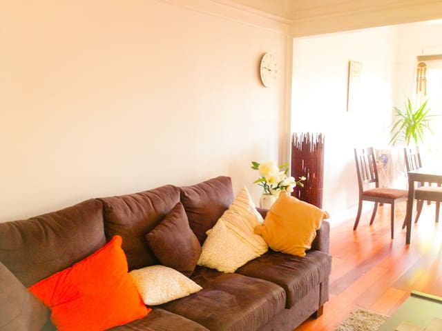 Luxury airy sun drenched home - Double Bay - Appartement