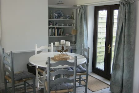 2 Double bedroom Oulton Broad holiday cottage - Lowestoft - House - 2