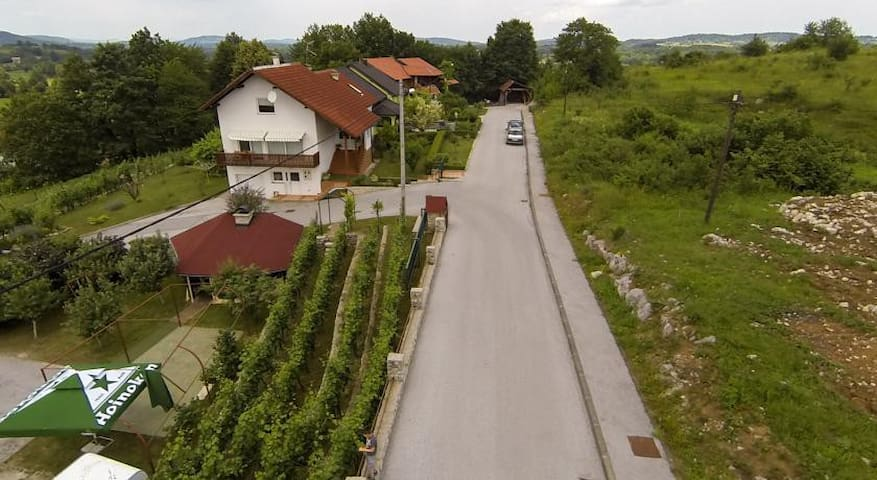 Apartment Bastaja - Slunj - Appartement