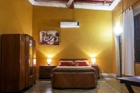 Departamento-Estudio en Centro histórico Campeche