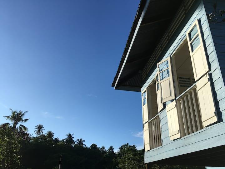 2BR in Rustic Kampung House @ ukkaykudat