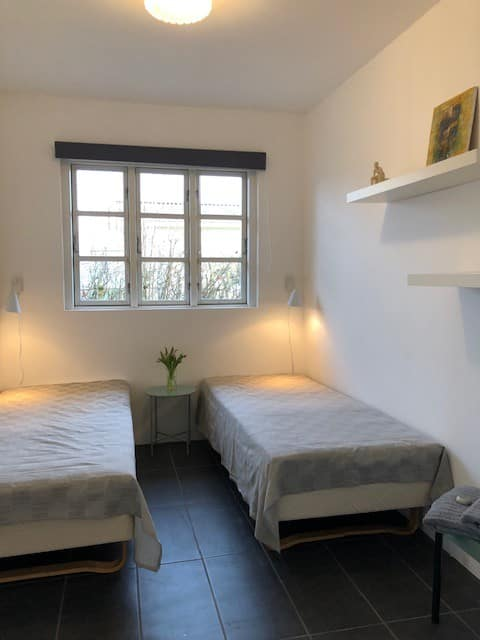 Lovely room, nordic style, with comfortable beds.