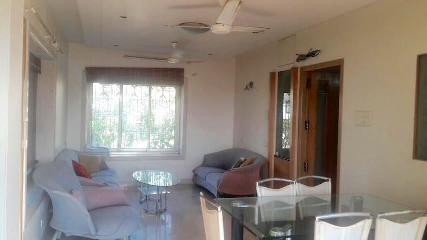 Breezy & Spacious 1BHK with Terrace