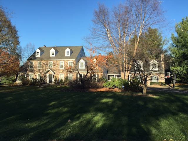 A Bucks County Retreat - Doylestown