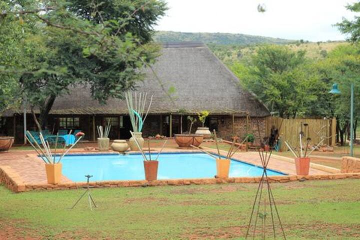Welcome to Mount Amanzi Game Lodge - Mookgopong