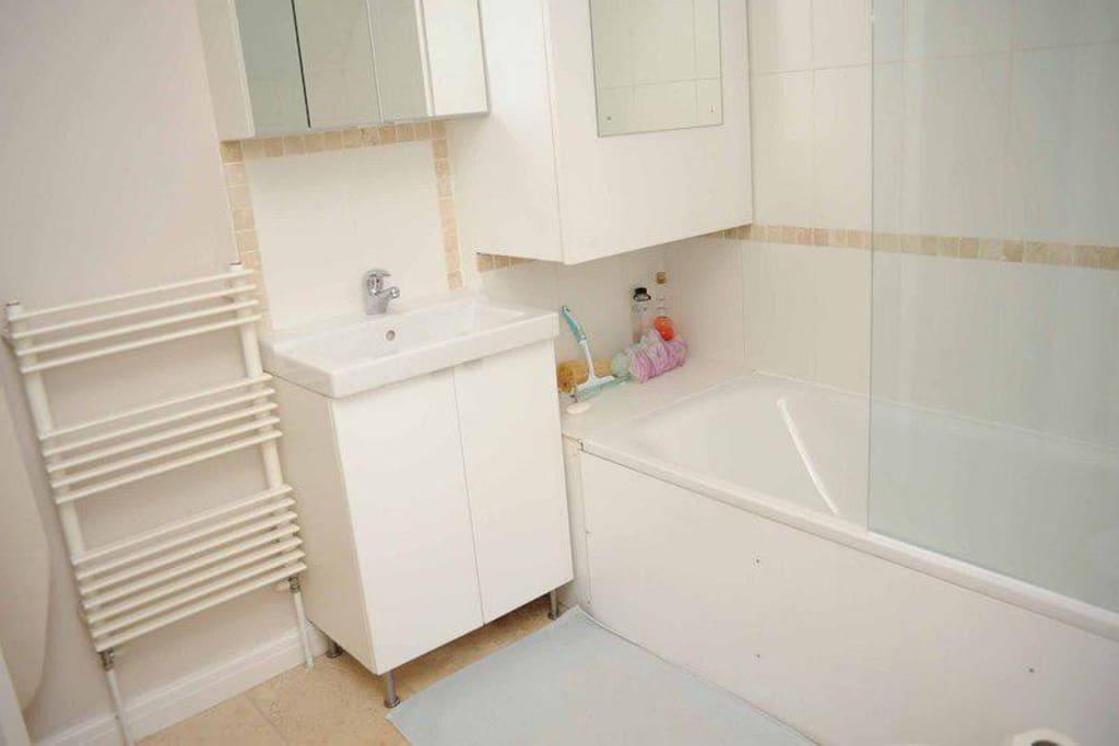 Large clean bathroom
