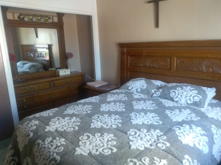 Comfortable room at 10 minutes from US Consulate