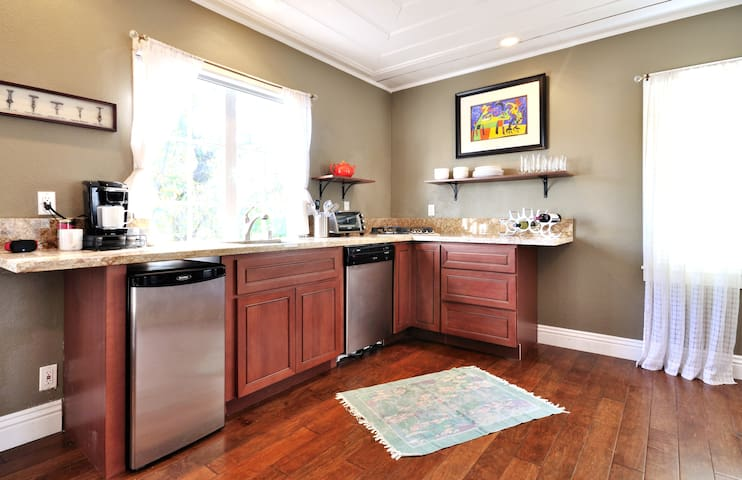 Plenty of space in a well stocked kitchen.