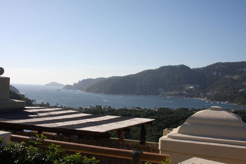 Great views over bay of Puerto Marques, Acapulco