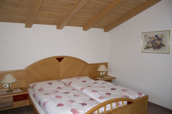 House Edelberg-Apartment Alpenrose - Außervillgraten - Apartment