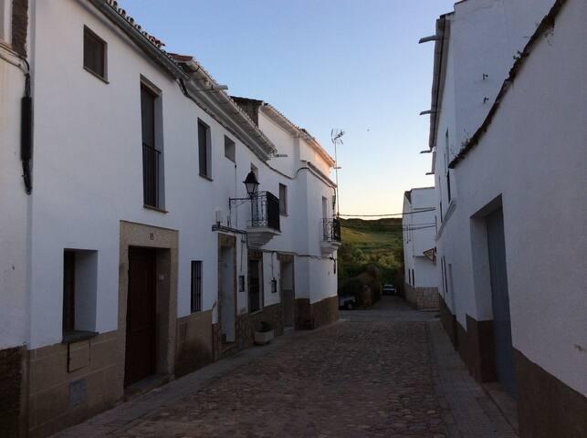 Casa de pueblo en Alcántara - Alcántara