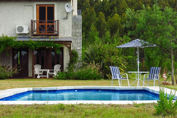 COUNTRY HOME - RIVER BEACH + POOL - Maldonado - Chalet
