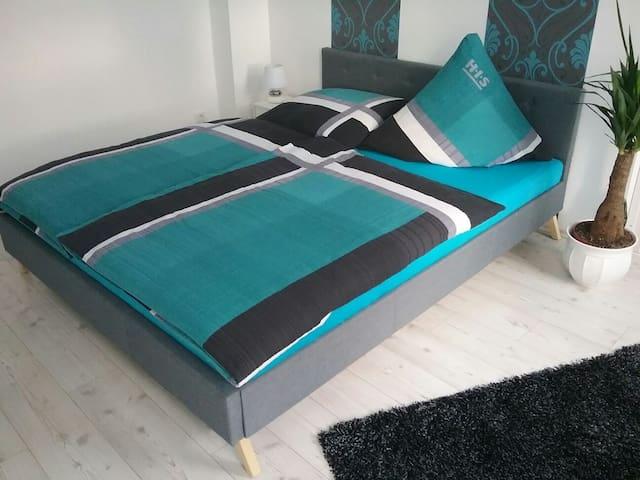 Ferienwohnung 90 qm - Auerbach/Vogtland - Apartament
