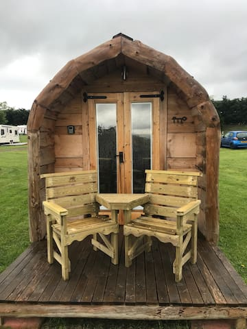 """Castell"" Glamping Pod (2 Persons) - Denbigh"