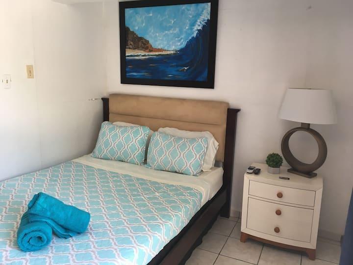 SS 1b Standard Room,/ Coastal Express Inn1