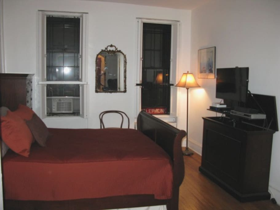 spacious hell 39 s kitchen apartment apartments for rent in