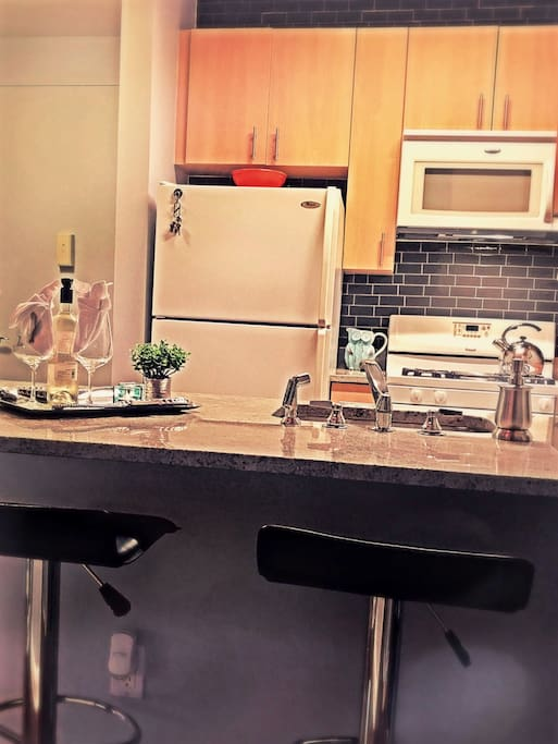 Kitchen counter and breakfast bar