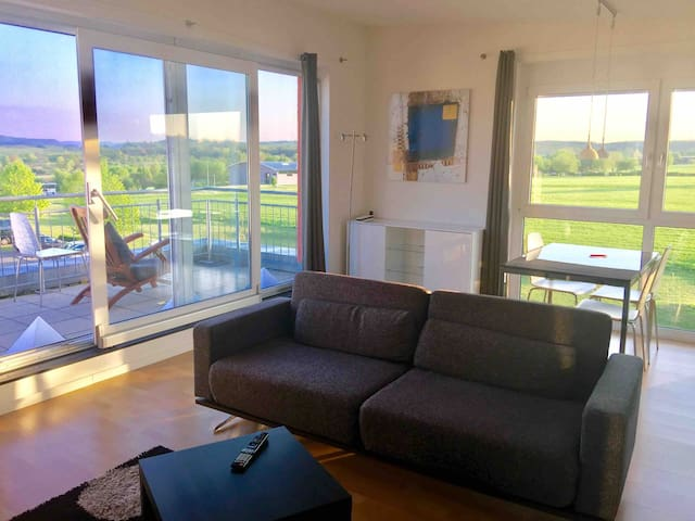 Luxury 2 Room Apartment 10km to Messe Stuttgart