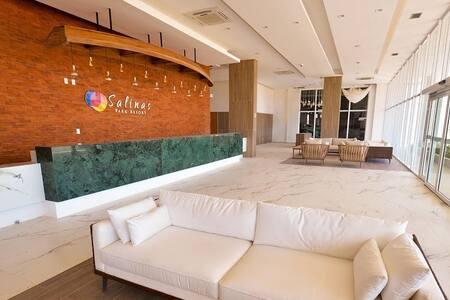 Lindo Resort em Salinas 2 quartos (8 pessoas)
